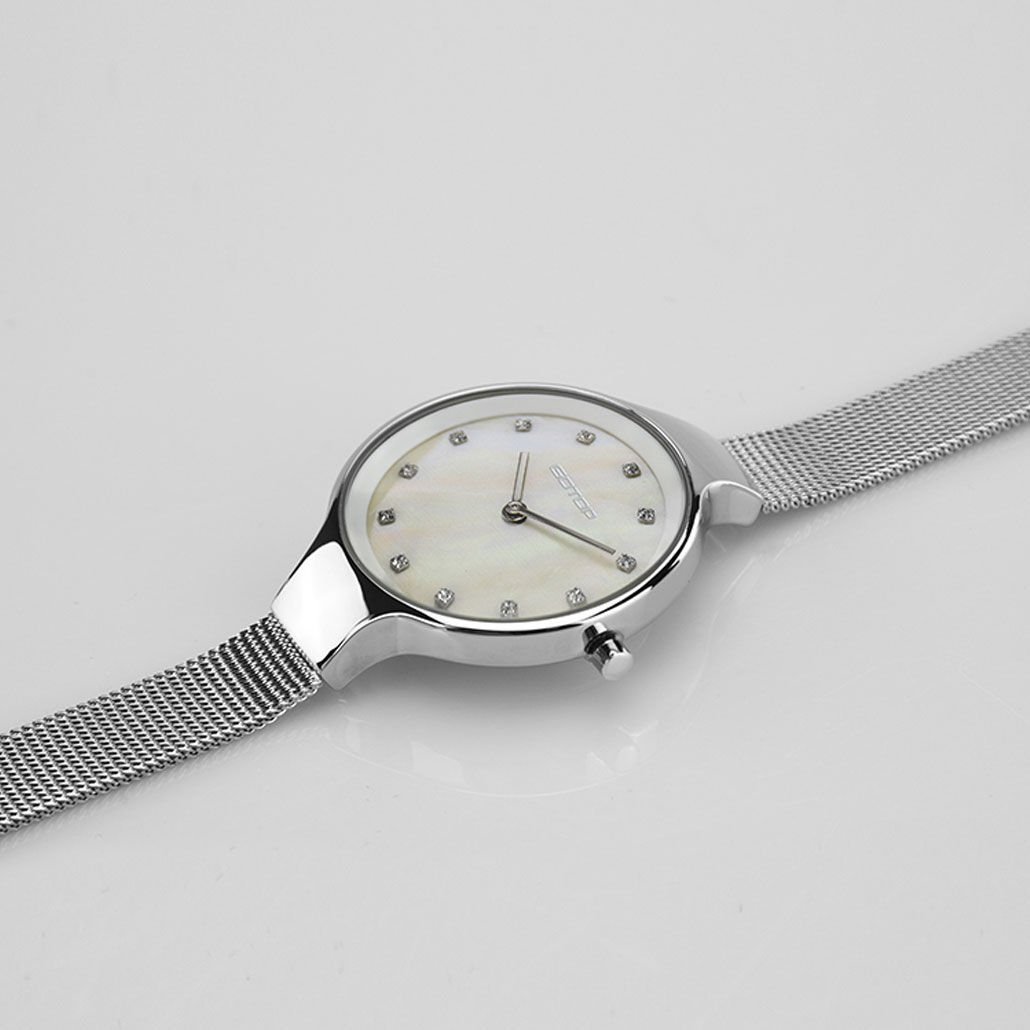 AW475 Mother Of Pearl And Gold Women's Watch