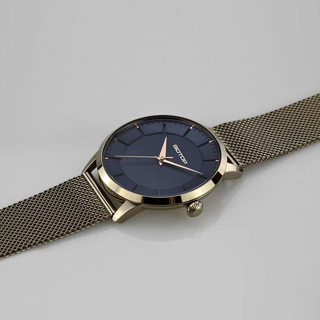 SS646 Black And Gold Watch For Women
