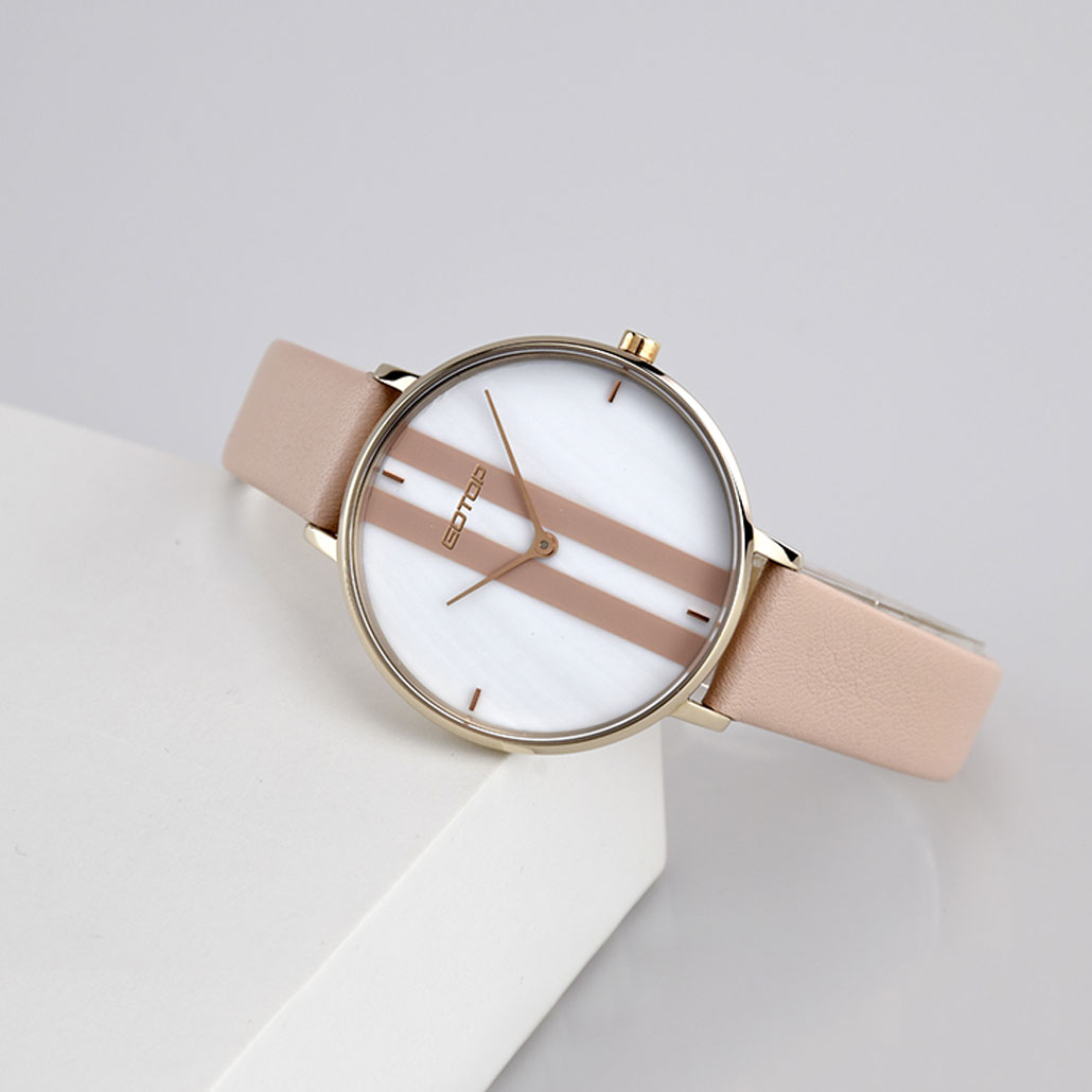 SS653 White Women's Watch With Leather Strap And Stripe Detail